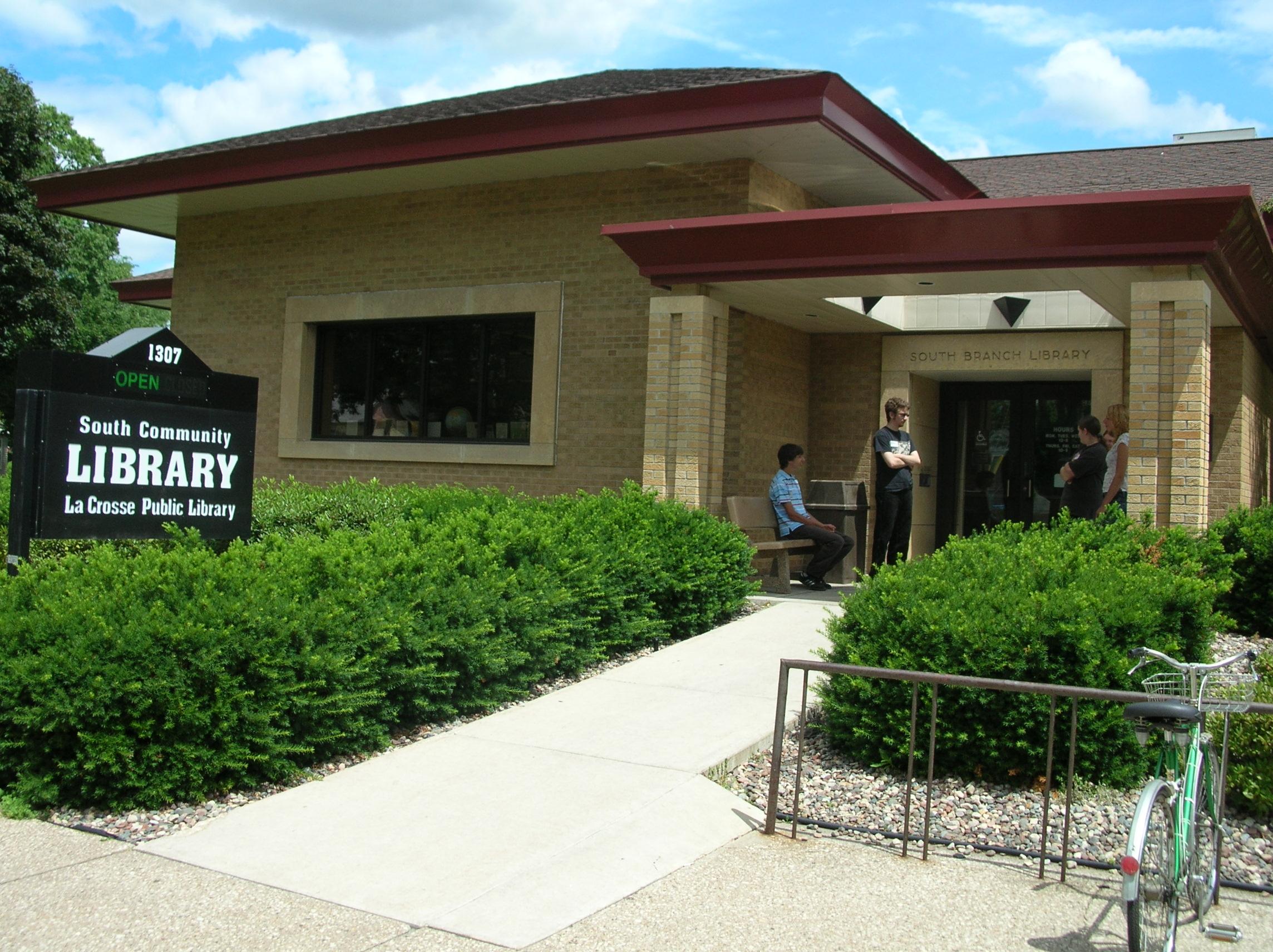 La Crosse Public Library South